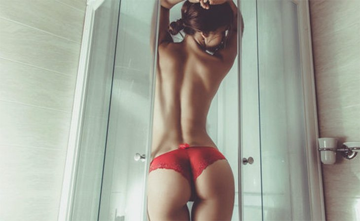 VIP escort Istanbul girl in the shower seductively standing in sexy red panties to completely enchant everyone who'll look on this photo